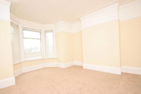 2 bedroom apartment to rent - Lincoln Hatch Lane, Burnham, Bucks, SL1