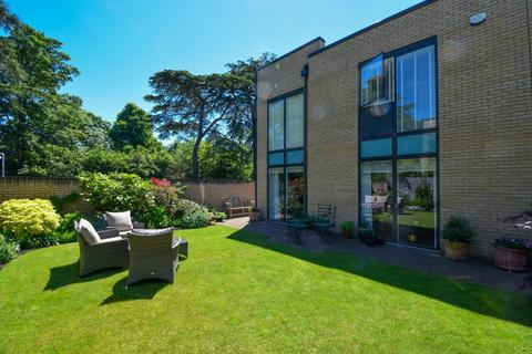 3 bedroom retirement property for sale - Cliveden Gages, Taplow, Maidenhead, SL6