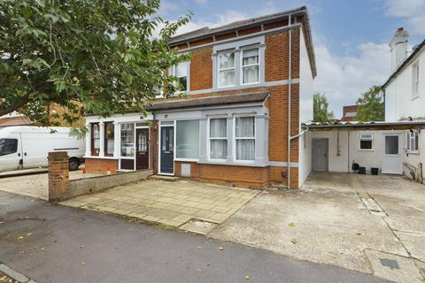 3 bedroom semi-detached house for sale - Sidney Road, Staines-Upon-Thames, Middlesex, TW18