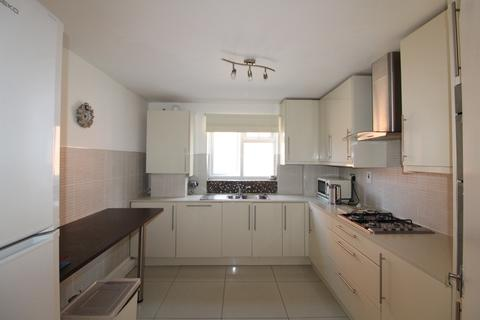 2 bedroom flat to rent - Parkside Court, Palmerston Road, Palmers Green, London, N22