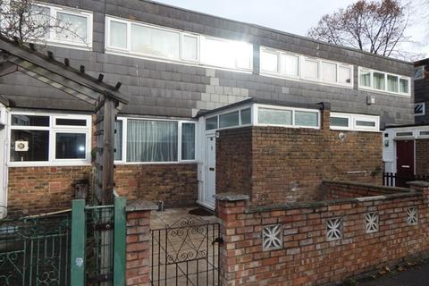 1 bedroom in a house share to rent - Blenheim Gardens, Brixton Road, London, SW2