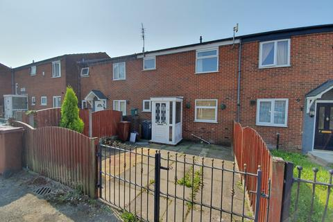 3 bedroom terraced house to rent - Alminstone Close,  Manchester, M40