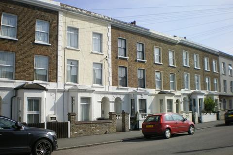 1 bedroom flat to rent - Clive Road, West Dulwich, London,
