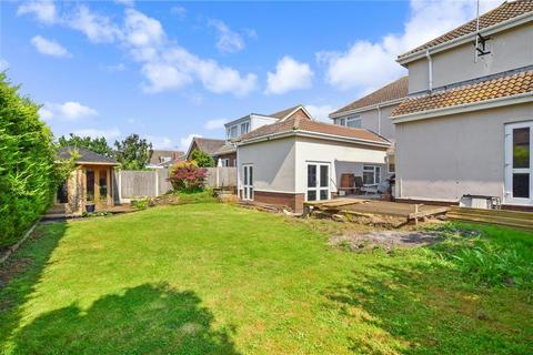 7 bedroom detached house for sale - Nelson Avenue, Minster On Sea, Sheerness, Kent
