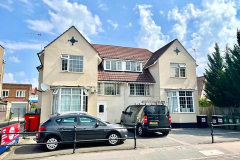 3 bedroom flat to rent - Halfway Street, Sidcup DA15 8LL