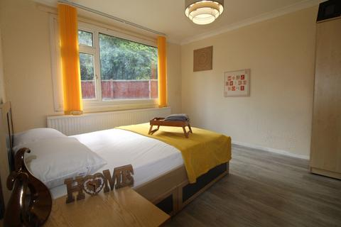 1 bedroom in a house share to rent - Manton, Room 1, Bretton, PE3