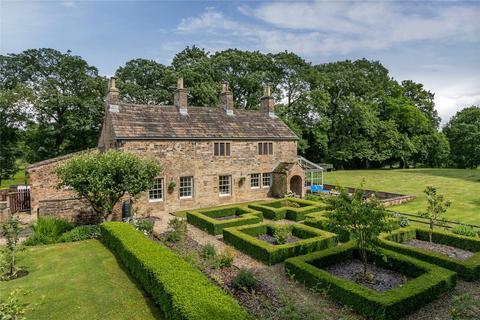 3 bedroom detached house for sale - Royle, Burnley
