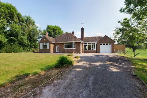 3 bedroom bungalow for sale - Church Lane, Oulton, ST15