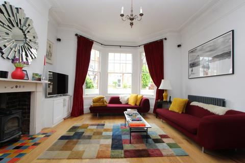 3 bedroom terraced house to rent - Quernmore Road, Finsbury Park