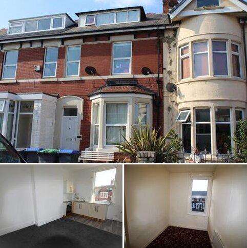 2 bedroom flat to rent - Flat 3, 28 Shaftesbury Avenue