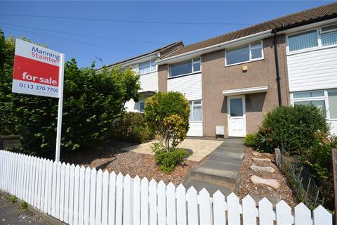 3 bedroom terraced house for sale - Helston Road, Leeds