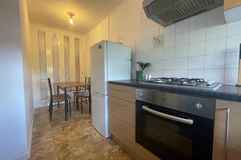 3 bedroom detached house to rent - Hampson Way, Stockwell, London, SW8