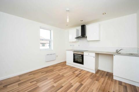 1 bedroom apartment to rent - Eccleston Court, Ellerslie Avenue, Rainhill