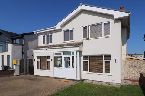 5 bedroom detached house for sale - Fairway, Fleetwood