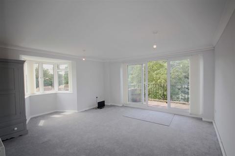 2 bedroom flat for sale - Laine Close, Brighton