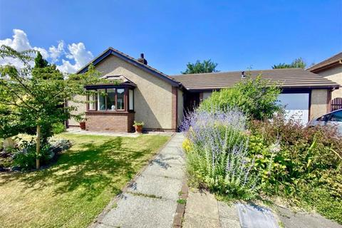 3 bedroom detached bungalow for sale - Parc Conwy, Llanrwst, Conwy