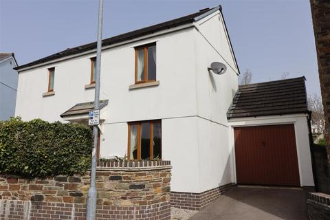 3 bedroom detached house to rent - Chyvelah Vale, Truro