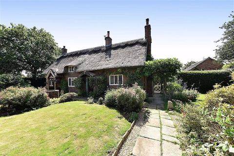 4 bedroom detached house for sale - Oak Lane, Marton