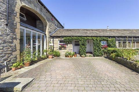3 bedroom barn conversion for sale - Farmhouse Court, Crosland Hill, Huddersfield, HD4