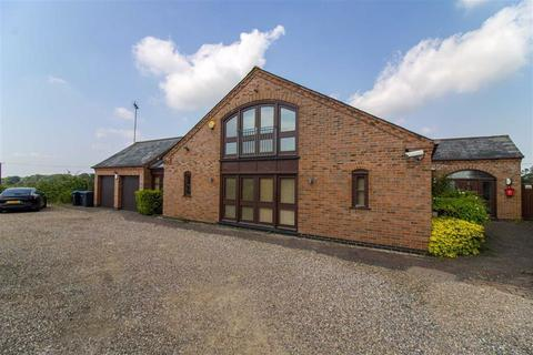 5 bedroom barn conversion for sale - Mere Farm Barns, Houghton On The Hill