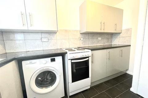 1 bedroom flat to rent - Streamside Close, Edmonton, London