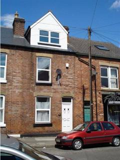 5 bedroom terraced house to rent - Neill Road, Sheffield, S11