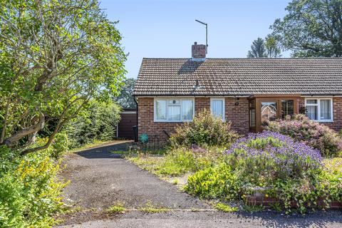 3 bedroom semi-detached bungalow for sale - Willow Road, Liss
