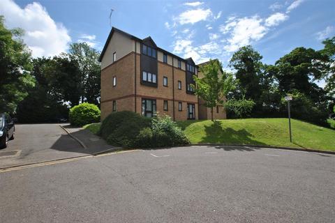 Studio to rent - Bullrush Grove, Cowley, Uxbridge