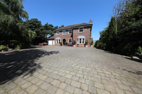 6 bedroom detached house for sale - Back Lane, Burton Pidsea, Hull