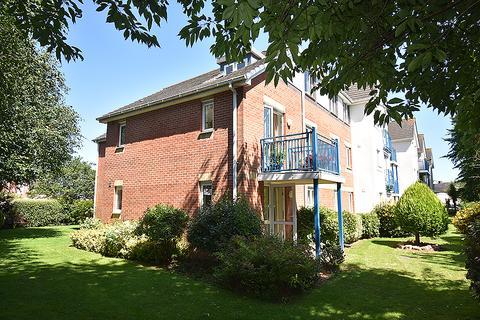 2 bedroom ground floor flat for sale - Cowick Street, St Thomas, Exeter EX4
