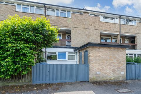 3 bedroom ground floor flat for sale - Holtspur Way, Beaconsfield
