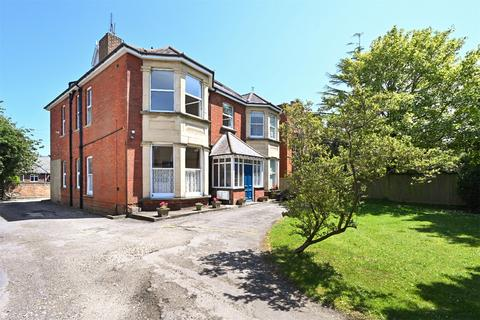 2 bedroom apartment for sale - Dyke Road Avenue, Brighton, East Sussex, BN1