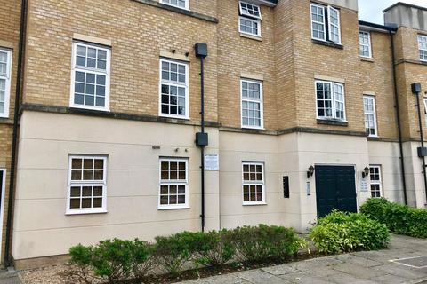 2 bedroom flat to rent - Bishopfields Drive, York, YO26