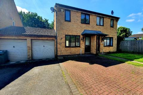 2 bedroom semi-detached house to rent - Winchester Close