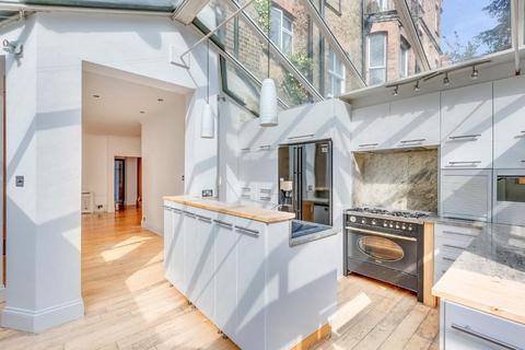 2 bedroom flat for sale - Fairhazel Gardens, South Hampstead, London, NW6