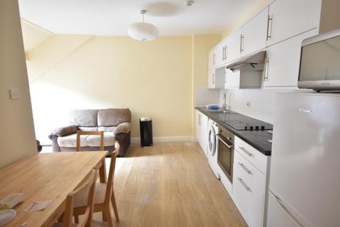 3 bedroom flat to rent - Portman Mews, Shieldfield