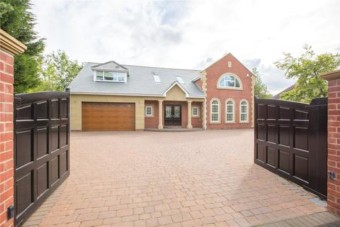 5 bedroom detached house for sale - Darras Road, Ponteland, Newcastle Upon Tyne, NE20