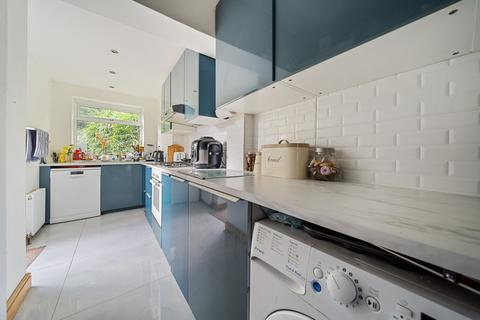 4 bedroom terraced house for sale - Daneland  EN4