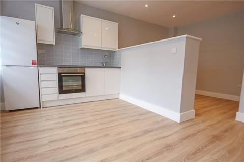Studio to rent - Summit House, London Road, Bracknell, RG12
