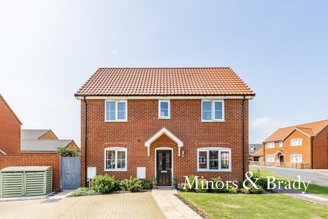 3 bedroom semi-detached house for sale - Flanders Rise, Wymondham