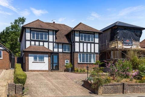 4 bedroom detached house for sale - Redhill Drive, Brighton