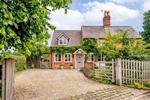 3 bedroom semi-detached house for sale - Malpas - Cheshire Lamont Property Ref 3371