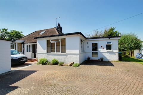 3 bedroom bungalow for sale - Chalet Close, Ferring, Worthing, BN12