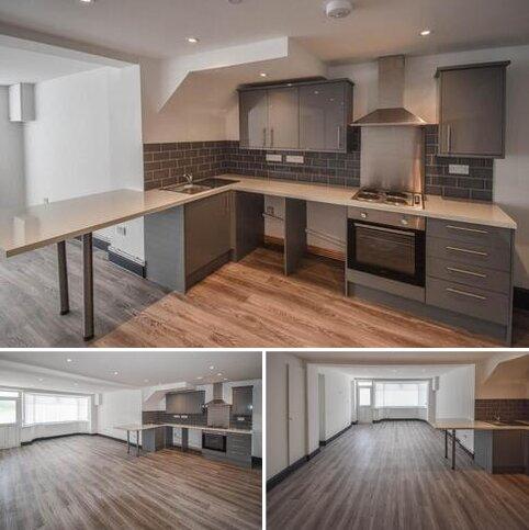 3 bedroom flat to rent - Carmarthen Road, Cwmdu, , Swansea