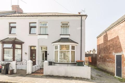 2 bedroom end of terrace house for sale - York Road, Newport - REF# 00014510