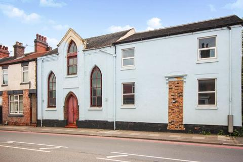 4 bedroom terraced house for sale - Victoria Road Methodist Church, ST4 2HG
