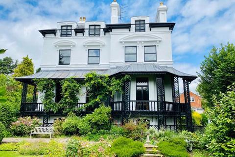3 bedroom penthouse for sale - HAMPTON PARK