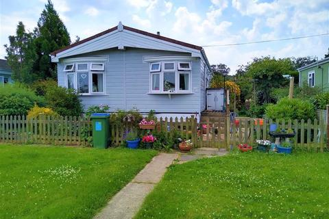 2 bedroom park home for sale - East Hill Road