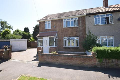 3 bedroom semi-detached house for sale - Crabtree Avenue, Chadwell Heath, Romford
