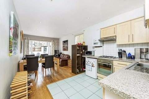 2 bedroom flat to rent - Townmead Road, Fulham, London, SW6
